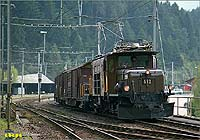 Ge 6/6 I 412 departure from Reichenau